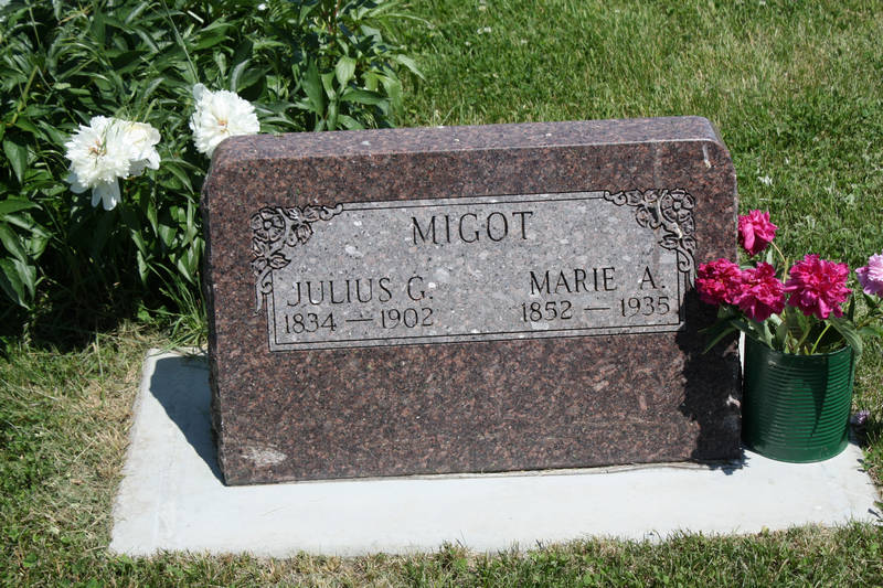 Julius G. Migot Grave Photo